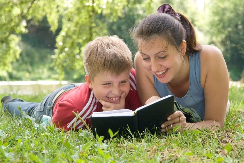 Books Before Vegetables: 12 Reasons Why Working Moms Shouldn't Slack on Reading