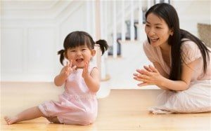 chineseMotherBaby_2579540b